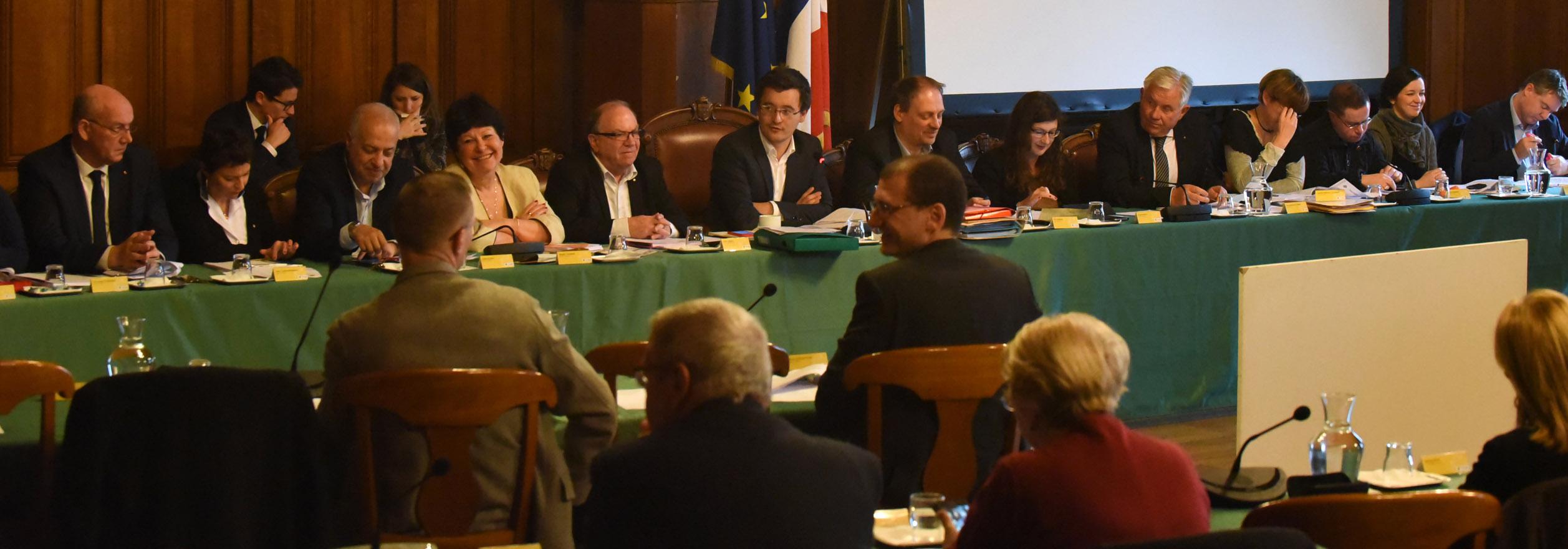 Le conseil municipal ma ville tourcoing - Piscine de tourcoing ...
