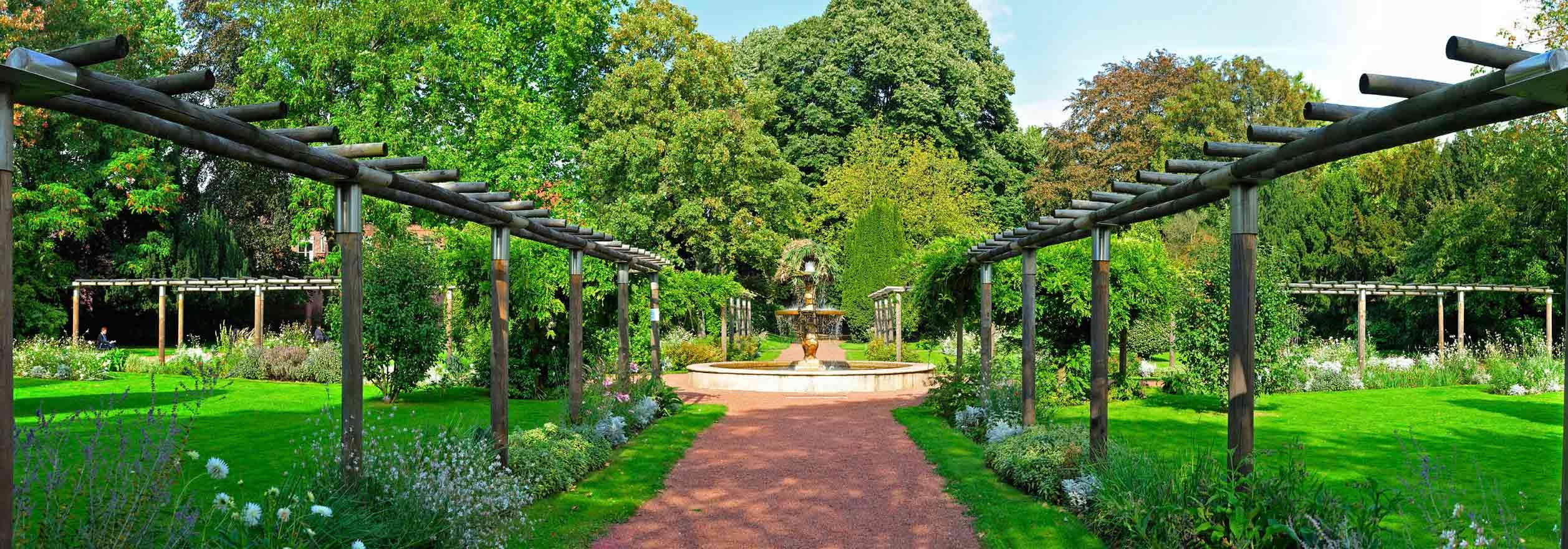 Jardin botanique parcs et jardins nature mes loisirs for Camping le jardin botanique limeray